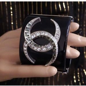 CHANEL Jewelry - Dubai Runway Moon Cc Crystals Resin Cuff Bracelet